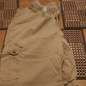 Old Navy Mens cargo shorts size 38